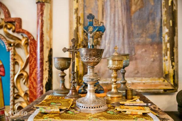 obiecte-din-muzeul-bisericii-ortodoxe-din-firiza-judetul-maramures.jpg
