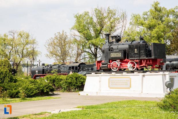 obiectiv-turistic-expus-in-muzeul-locomotivelor-cu-aburi-din-resita-judetul-caras-severin.jpg