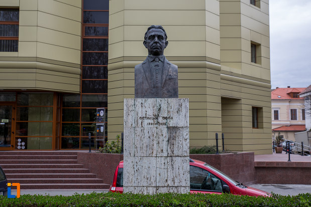 octavian-goga-grupul-statuar-din-parcul-astra-din-sibiu-judetul-sibiu.jpg