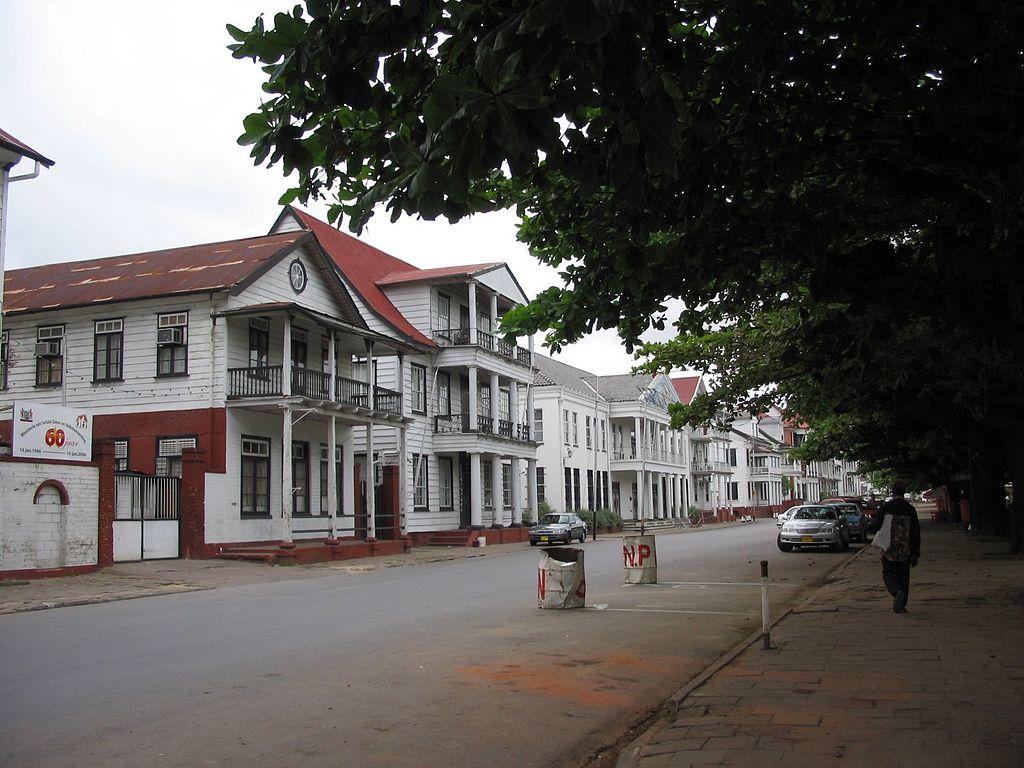 oras Paramaribo