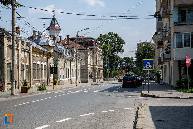 orasul-campulung-moldovenesc-judetul-suceava.jpg