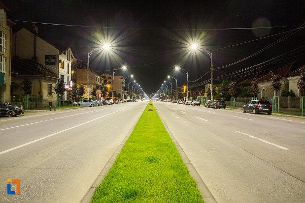 orasul-drobeta-turnu-severin-judetul-mehedinti-noaptea.jpg