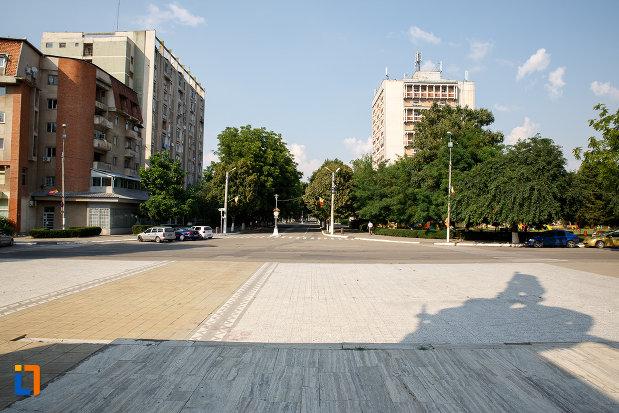 orasul-privit-de-la-monumentul-independentei-din-turnu-magurele-judetul-teleorman.jpg