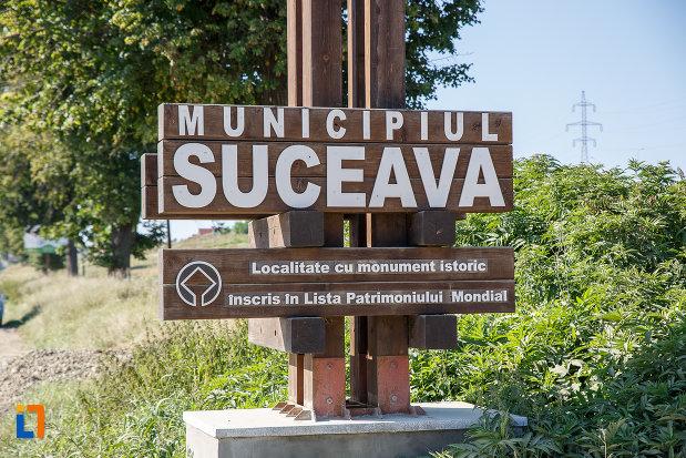 orasul-suceava-judetul-suceava-localitate-cu-monumente-istorice.jpg