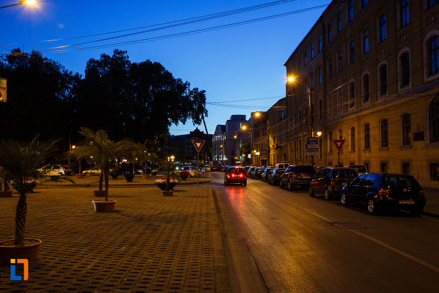 orasul-timisoara-judetul-timis-platou-central-vazut-noaptea.jpg