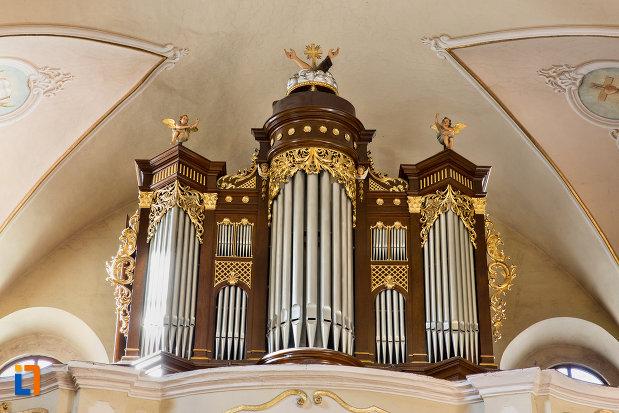 orga-din-biserica-franciscana-din-cluj-napoca-judetul-cluj.jpg