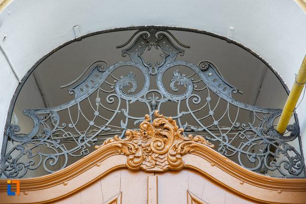 ornament-din-fier-casa-banyai-din-targu-mures-judetul-mures.jpg