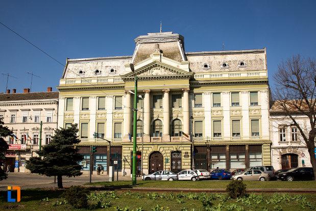 palatul-bancii-nationale-a-romaniei-din-arad-judetul-arad.jpg
