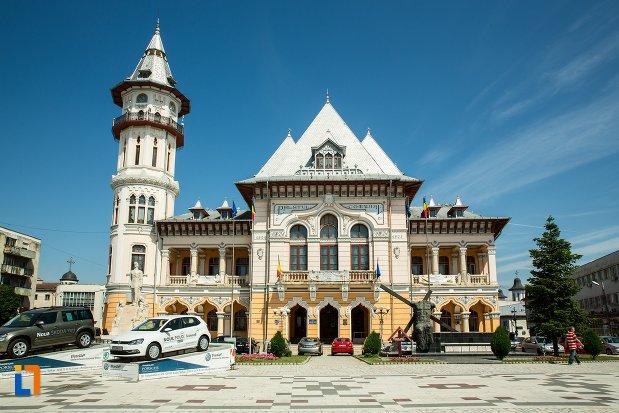palatul-comunal-din-buzau-judetul-buzau.jpg