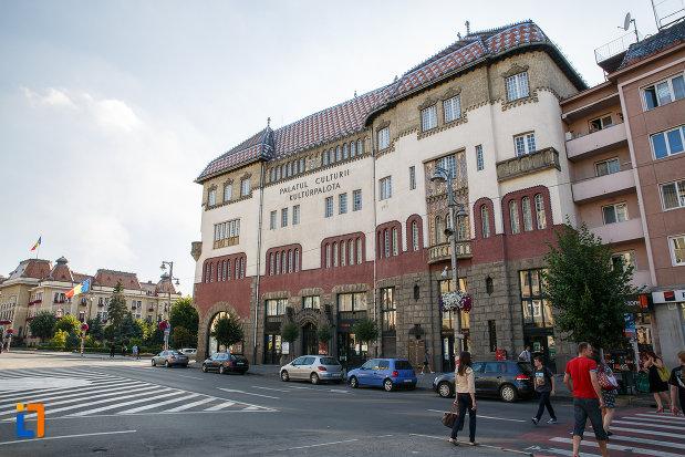 palatul-culturii-filarmonica-biblioteca-si-muzeul-de-arta-din-targu-mures-judetul-mures.jpg