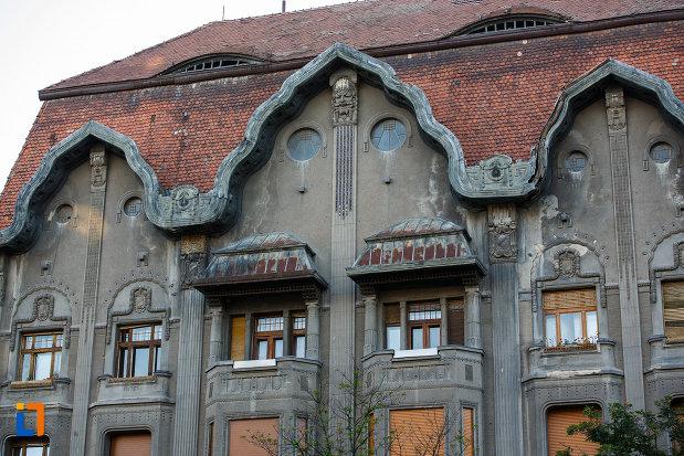 palatul-dauerbach-din-timisoara-judetul-timis-imagine-cu-partea-de-sus.jpg