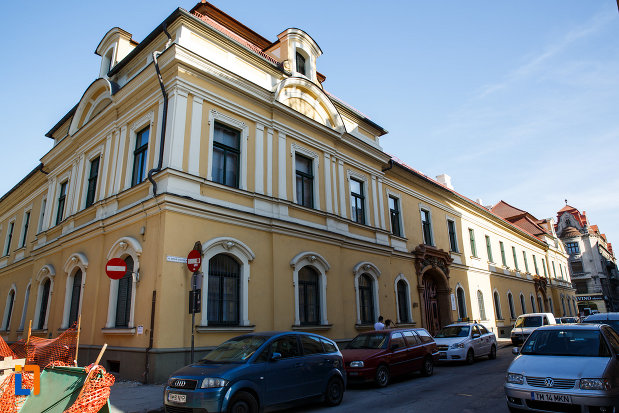 palatul-episcopal-din-timisoara-judetul-timis.jpg
