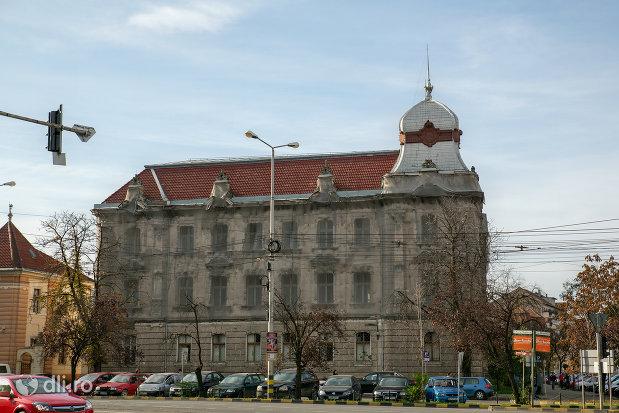palatul-finantelor-din-oradea-judetul-bihor.jpg