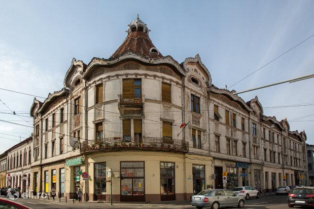 palatul-fuchsl-din-oradea-judetul-bihor.jpg