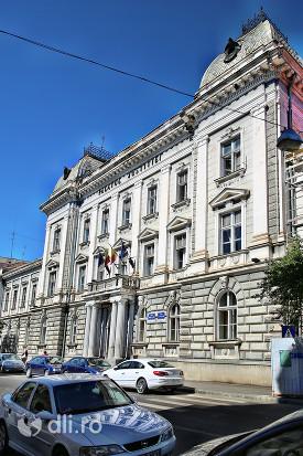 palatul-justitiei-tribunal-satu-mare-vedere-din-latera.jpg