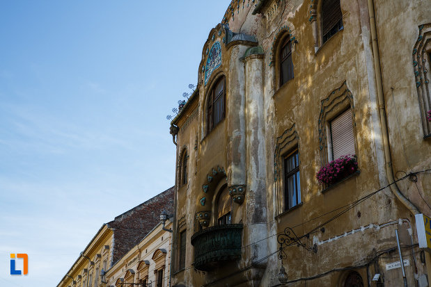 palatul-miksa-steiner-din-timisoara-judetul-timis-vazut-din-lateral.jpg