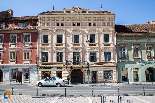 palatul-safrano-din-brasov-judetul-brasov.jpg