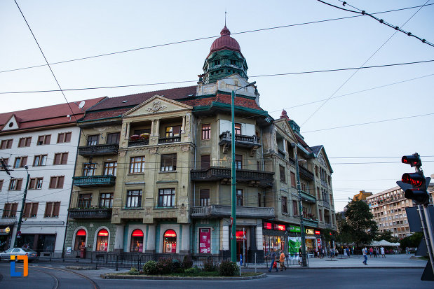 palatul-szechenyi-din-timisoara-judetul-timis-aripa-din-stanga.jpg