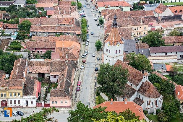 panorama-cu-biserica-evanghelica-sf-matia-din-rasnov-judetul-brasov.jpg