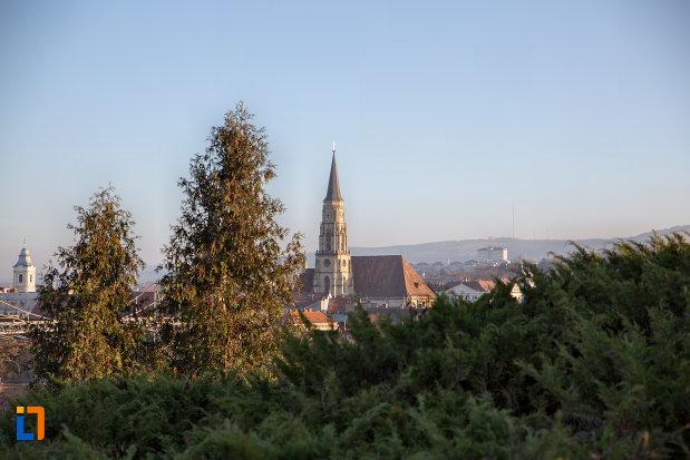 panorama-cu-biserica-sfantul-mihail-din-cluj-napoca-judetul-cluj.jpg