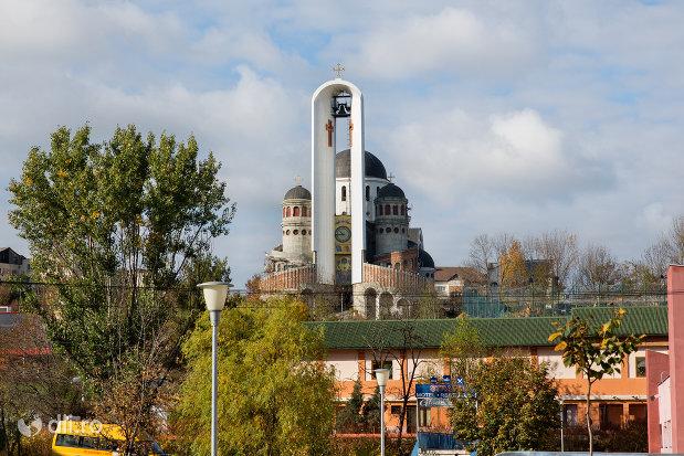 panorama-cu-catedrala-ortodoxa-sfanta-vineri-din-zalau-judetul-salaj.jpg