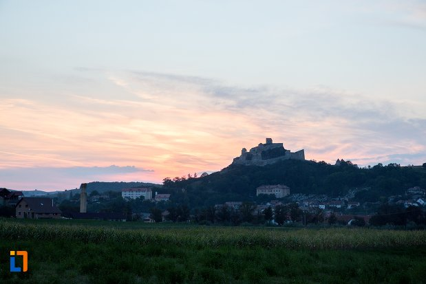 panorama-cu-cetatea-rupea-judetul-brasov.jpg