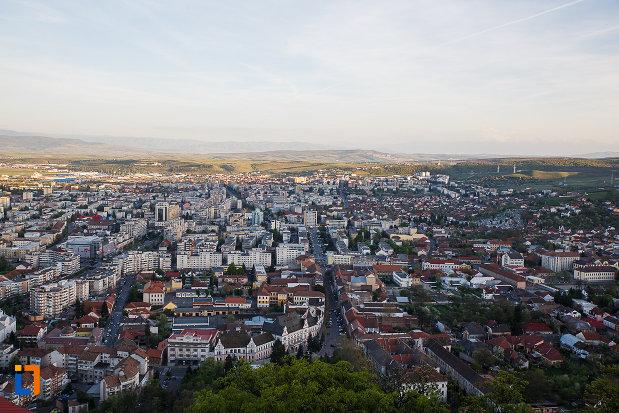 panorama-cu-orasul-deva-judetul-hunedoara.jpg