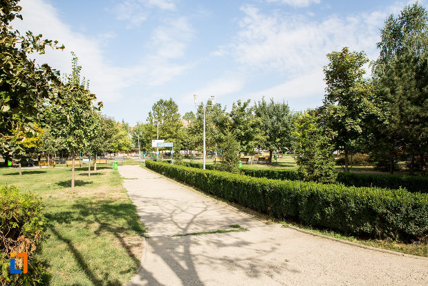 parc-central-din-orasul-fetesti-judetul-ialomita.jpg
