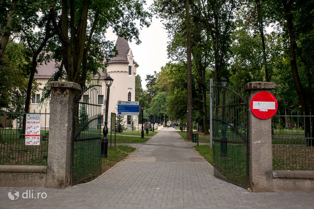 parc-dendrologic-orasul-carei.jpg