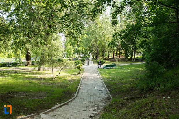 parc-din-orasul-calafat-judetul-dolj.jpg