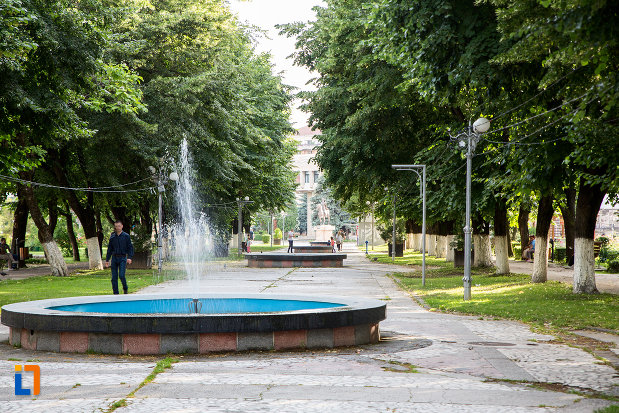 parc-din-orasul-targoviste-judetul-dambovita.jpg