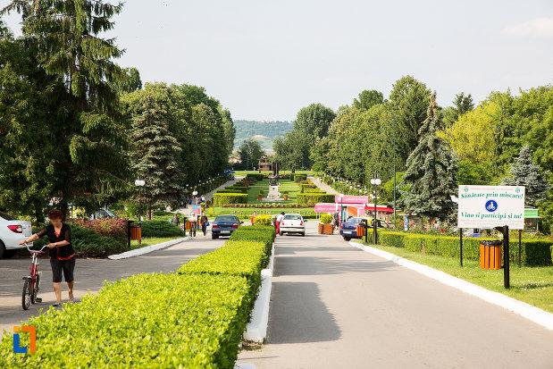 parcul-chindia-din-targoviste-judetul-dambovita.jpg