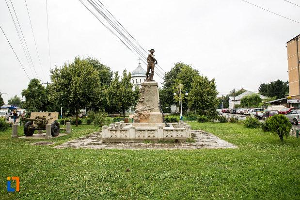 parcul-cu-monumentul-eroilor-din-bolintin-vale-judetul-giurgiu.jpg