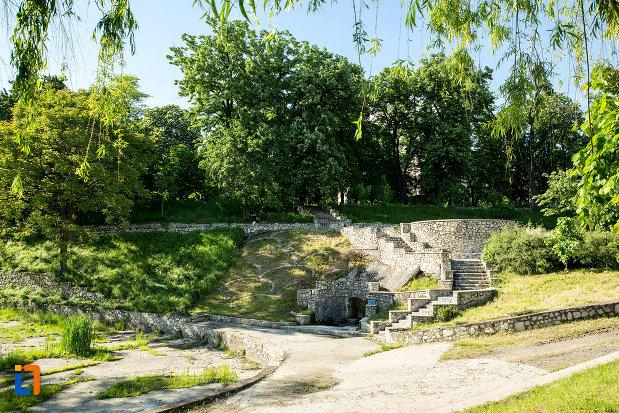 parcul-general-dragalina-din-drobeta-turnu-severin-judetul-mehedinti.jpg