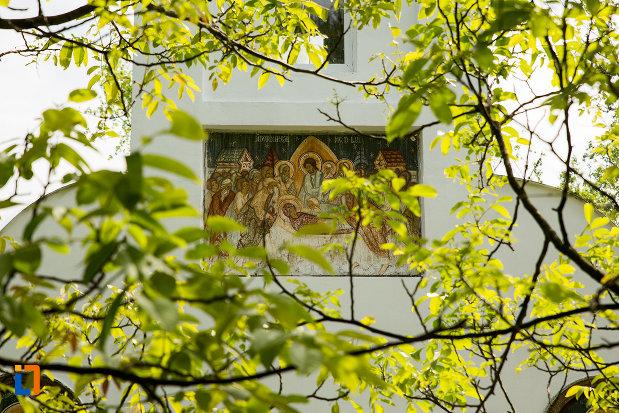 partea-de-sus-de-la-biserica-adormirea-maicii-domnului-din-orsova-judetul-mehedinti.jpg