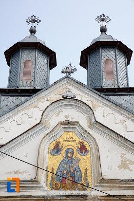 partea-de-sus-de-la-biserica-cuvioasa-paraschiva-1836-din-rosiorii-de-vede-judetul-teleorman.jpg