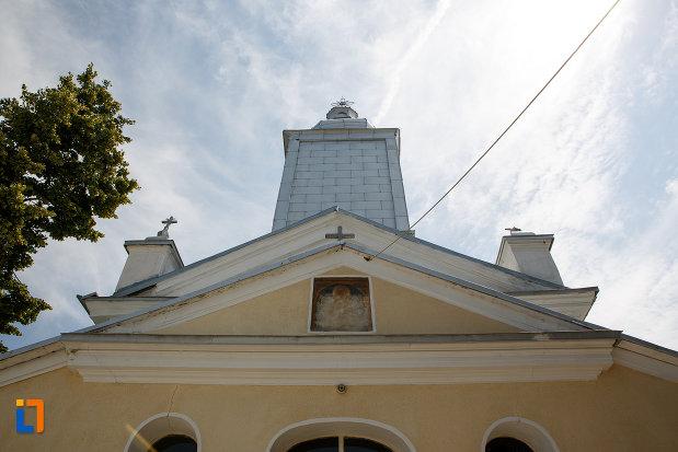 partea-de-sus-de-la-biserica-cuvioasa-paraschiva-1862-din-turnu-magurele-judetul-teleorman.jpg