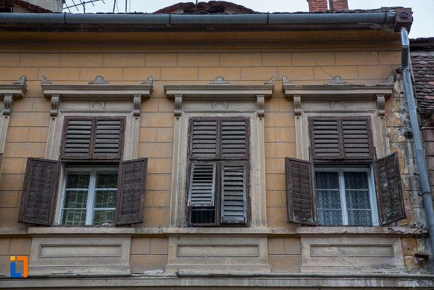 partea-de-sus-de-la-casa-hermann-wagner-1875-din-sibiu-judetul-sibiu.jpg