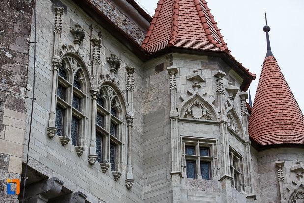 partea-de-sus-de-la-castelul-corvinilor-azi-muzeu-din-hunedoara-judetul-hunedoara.jpg