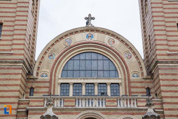 partea-de-sus-de-la-catedrala-mitropolitana-sf-treime-din-sibiu-judetul-sibiu.jpg