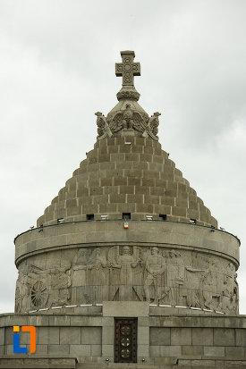 partea-de-sus-de-la-mausoleul-eroilor-din-1916-1919-de-la-marasesti-judetul-vrancea.jpg