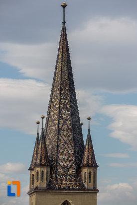 partea-de-sus-de-la-turnul-catedralei-evanghelice-sf-maria-din-sibiu-judetul-sibiu.jpg