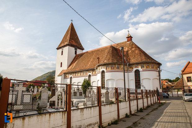 partea-din-spate-de-la-biserica-inaltarea-domnului-1785-din-saliste-judetul-sibiu.jpg