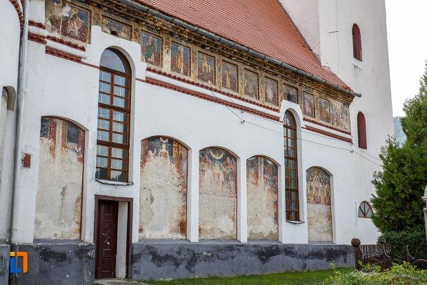 partea-laterala-de-la-biserica-inaltarea-domnului-1785-din-saliste-judetul-sibiu.jpg