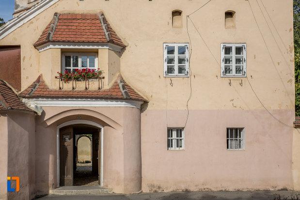 pasaj-de-la-biserica-evanghelica-fortificata-din-cisnadie-judetul-sibiu.jpg