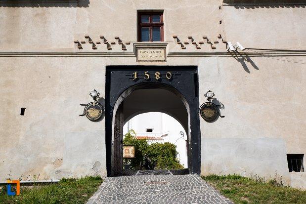 pasaj-de-la-cetatea-brasov-judetul-brasov.jpg