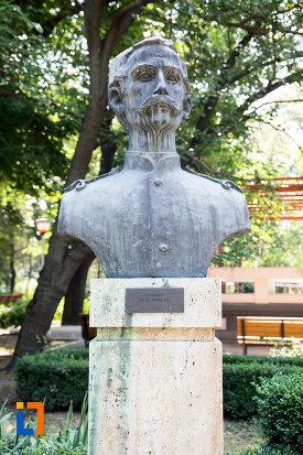 pavel-bordeanu-aleea-eroilor-1877-1878-23-de-busturi-si-o-placa-comemorativa-din-giurgiu.jpg