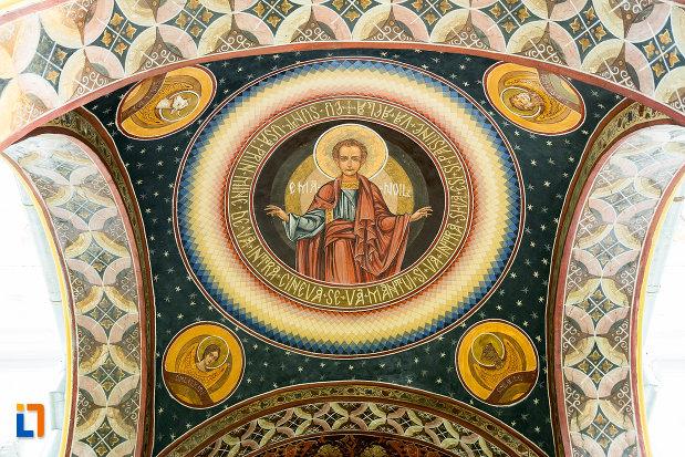 personaj-biblic-din-biserica-sf-apostoli-si-sf-gheorghe-din-caracal-judetul-olt.jpg