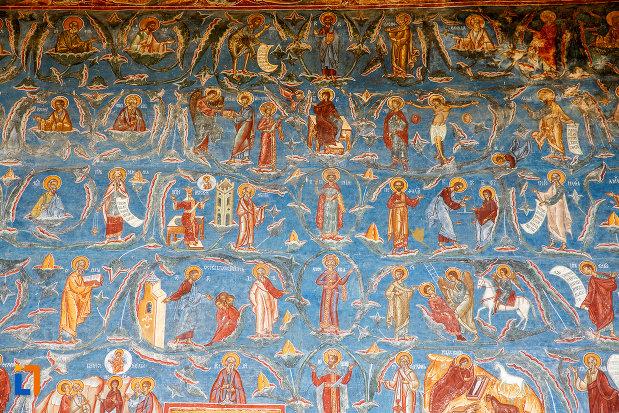 personaje-biblice-pictate-pe-manastirea-voronet-judetul-suceava.jpg