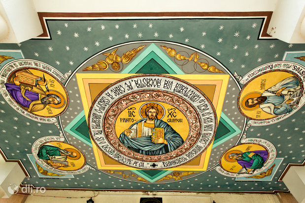 pictura-biserica-din-pomi-judetul-satu-mare.jpg